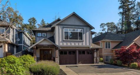 2199 Harrow Gate, Bear Mountain, Langford